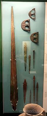 Медный меч из Бет-Даган, ок. 2400—2000 года до н. э. Хранится в коллекции Британского музея.